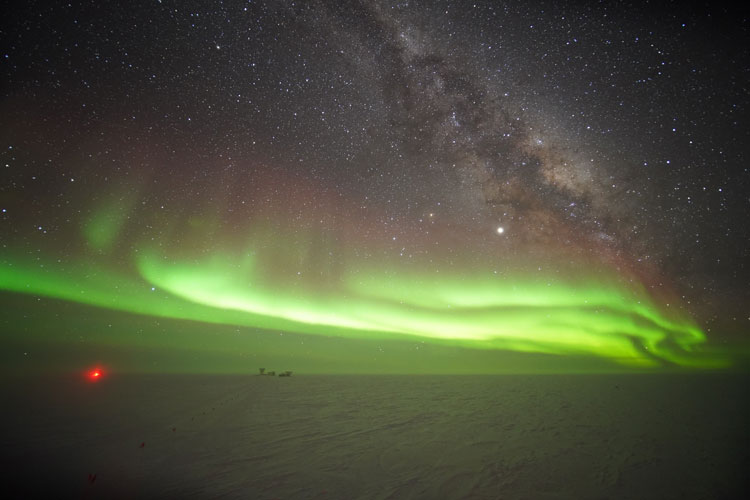 auroras_and_MWay