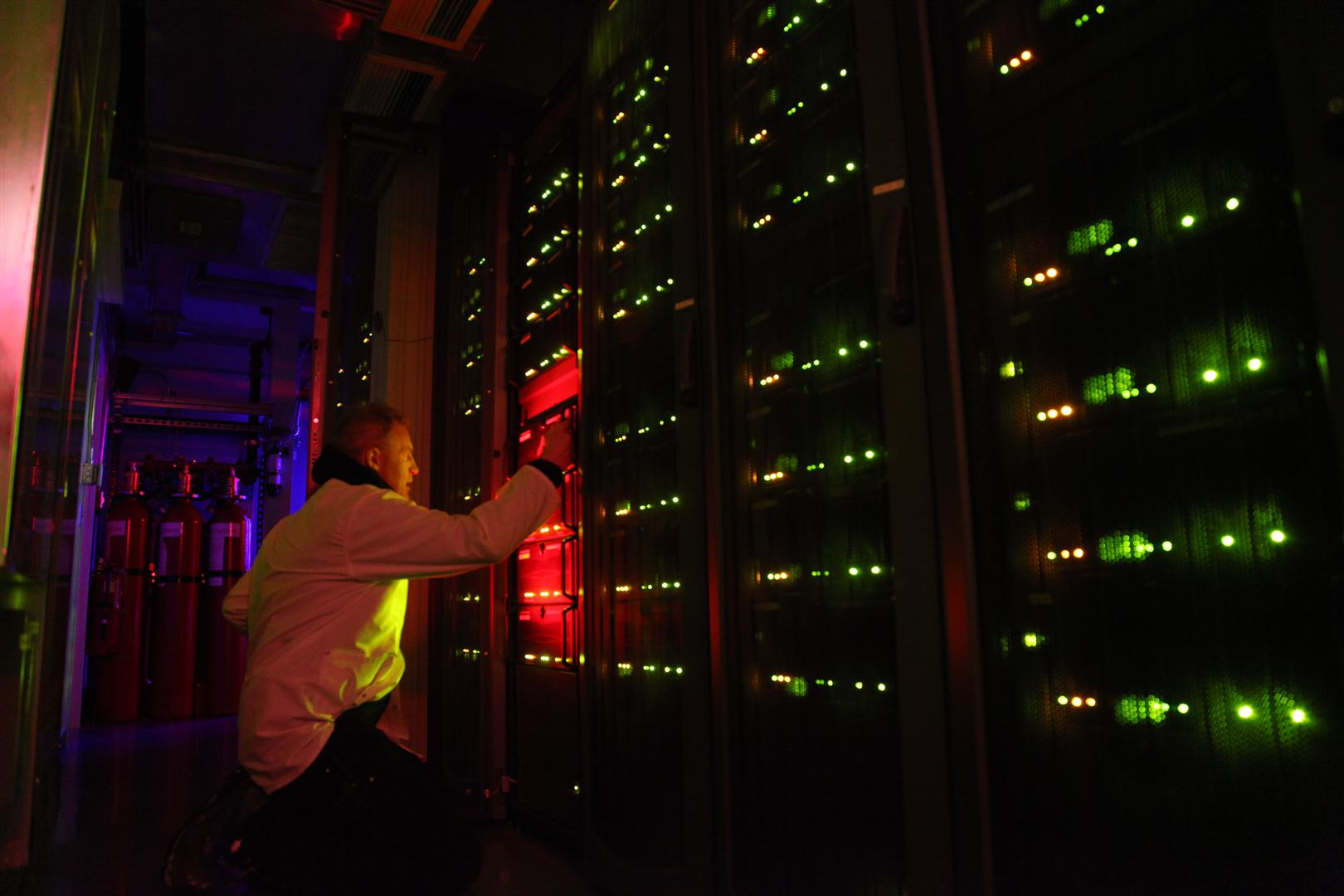 South Pole Serveres