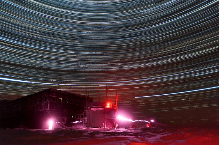 star_trails_station