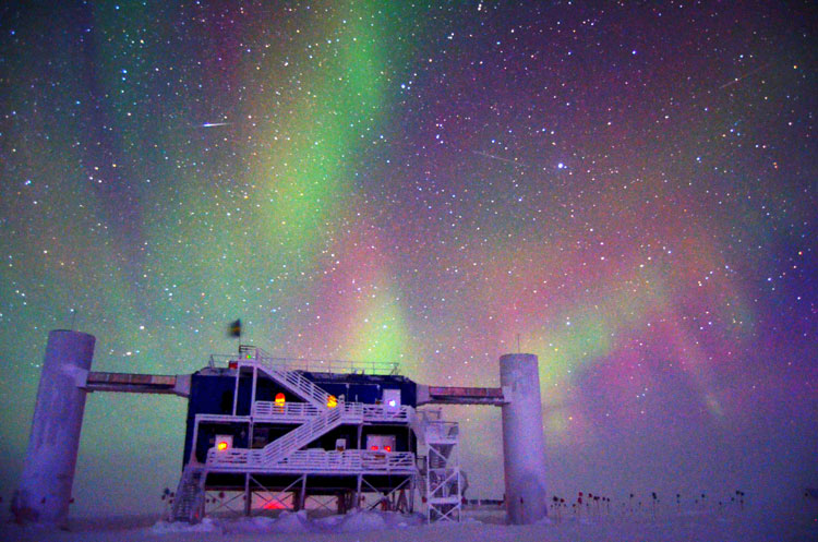 news_feat_icecube-opens-south-pole-winterover-positions