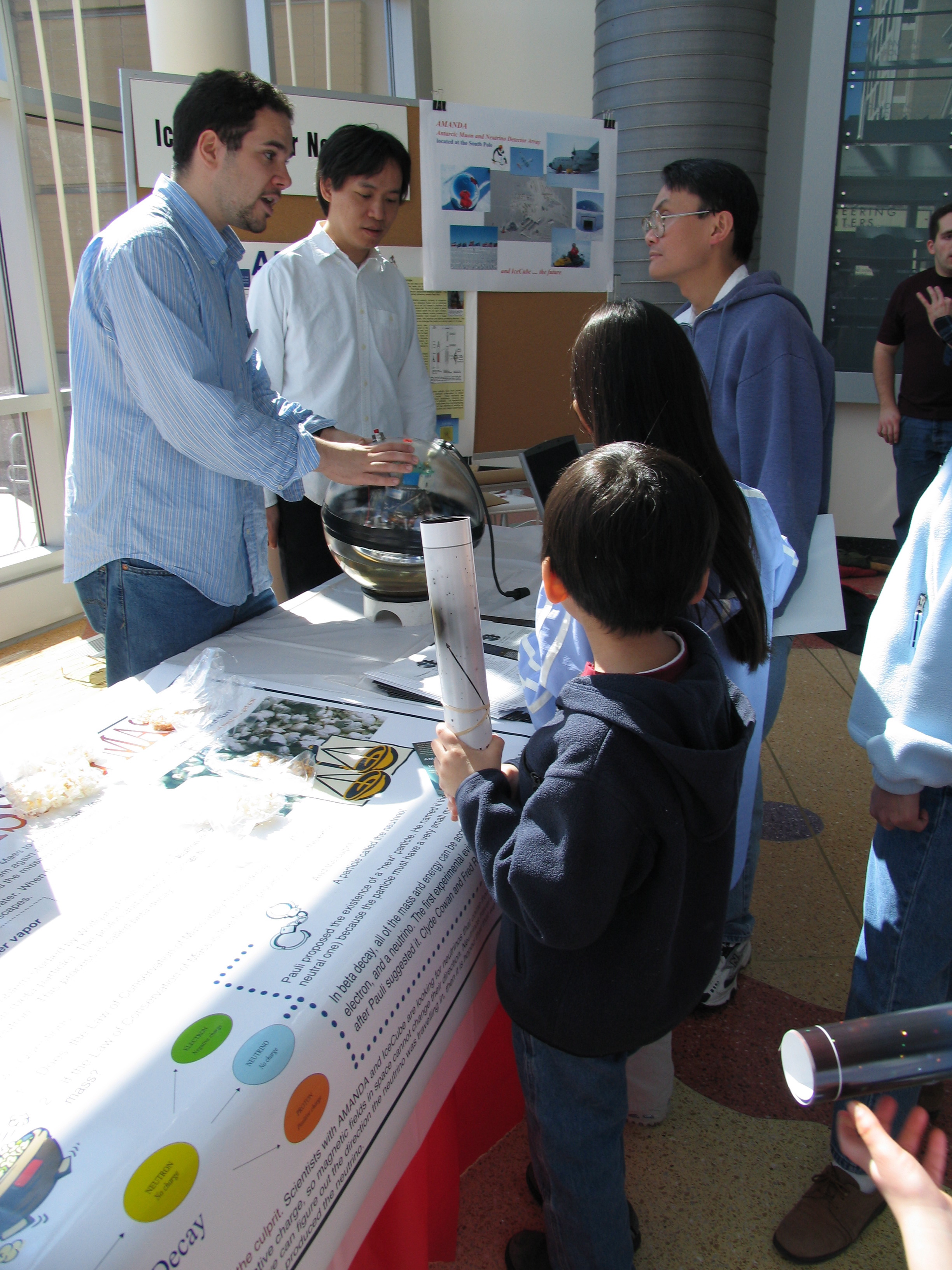 IceCube at UW Science Expeditions